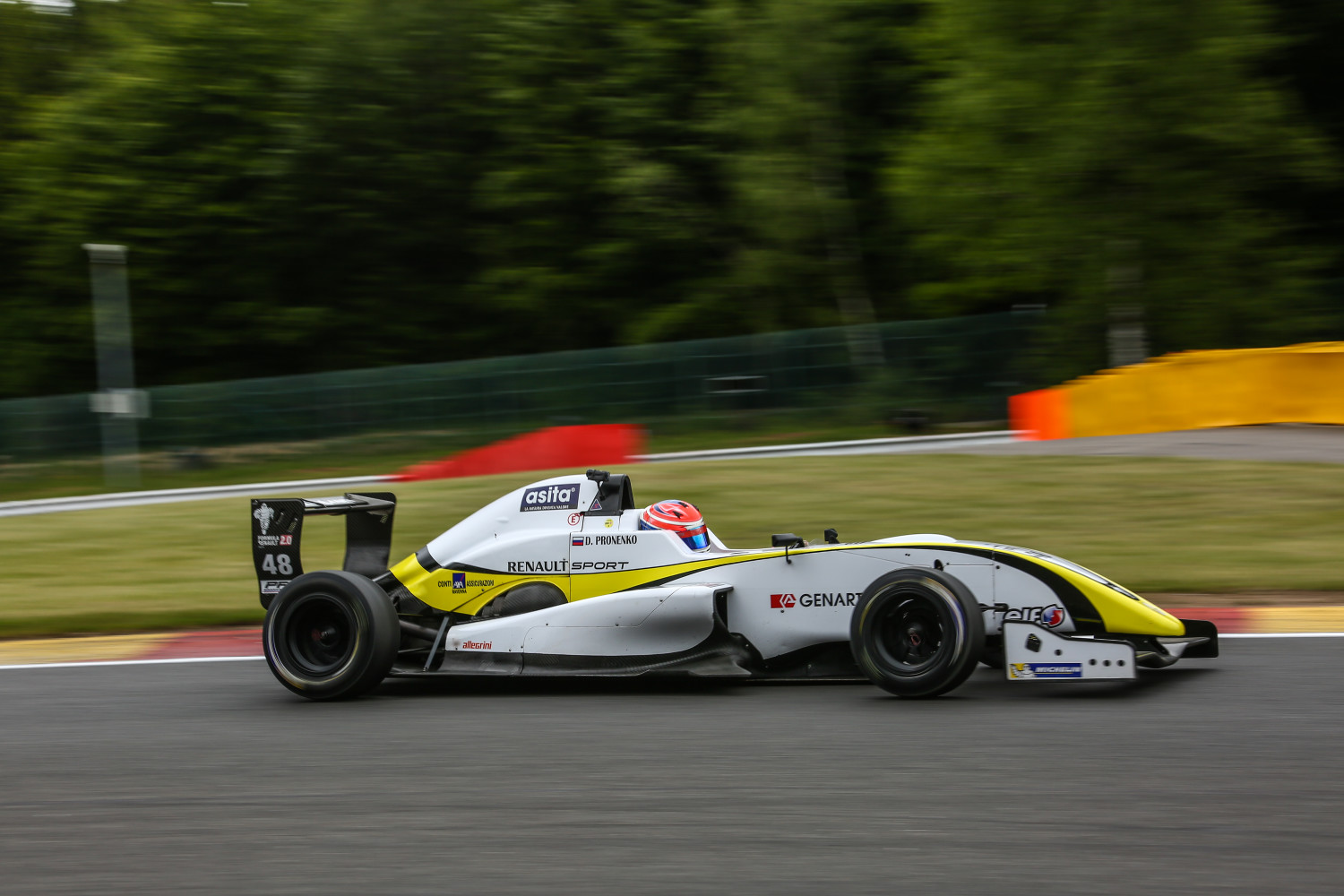 Daniel-Pronenko-BVM-Spa2015-7584-e1435995649294